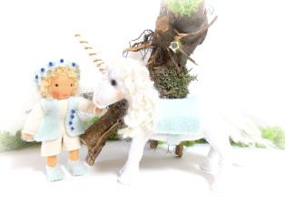 Einhorn mit Elfenjunge