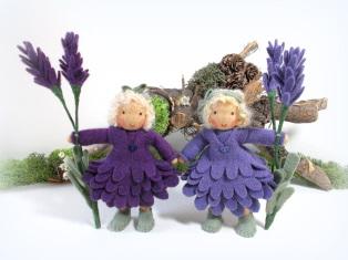 Lavendel Blumenkind nach Waldorf Art