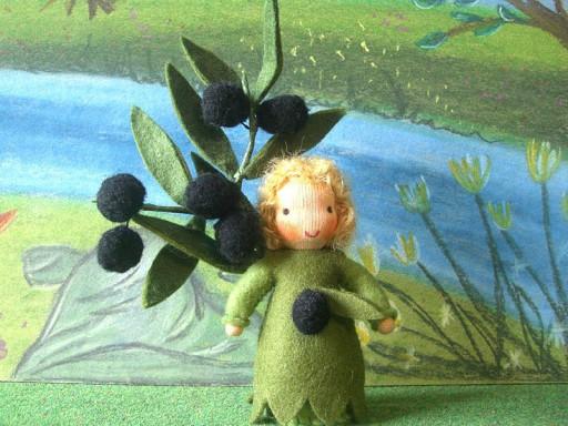 Blumenkind Olive nach Waldorf Art