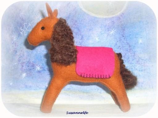 Filzpferd, Pferd aus Filz