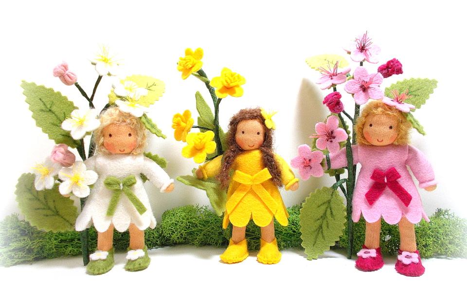 Blüten für den Jahreszeitentisch